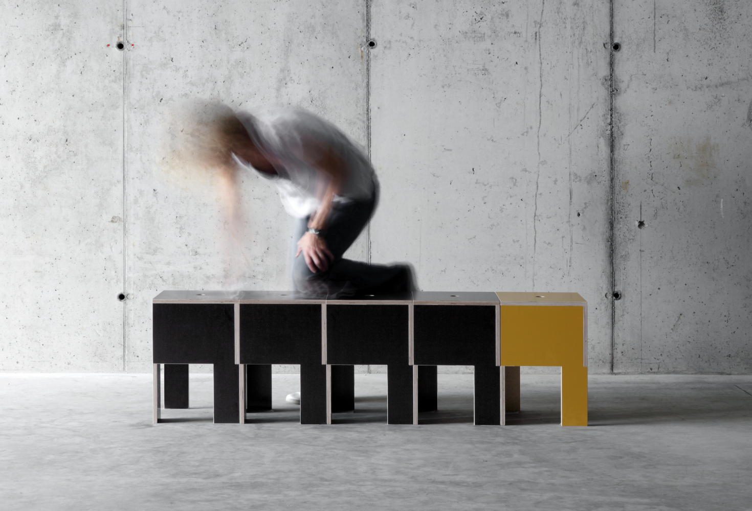 Fioroni: JMB Stool by Design CCRZ